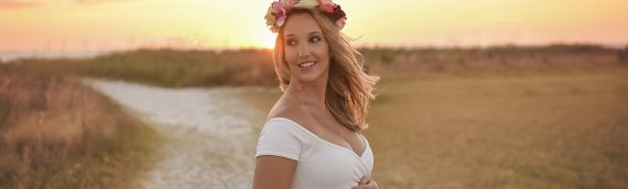 Tampa Maternity Photographer | Whimsical Maternity Session on the beach