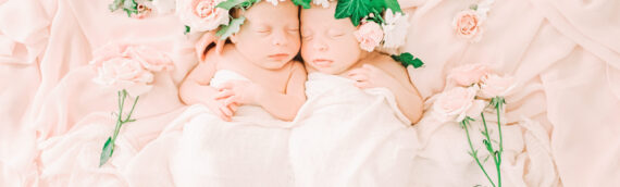 Lydia and Lena | Twin Newborn Photography